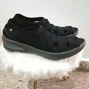 Bzees Women's Black Frille Slip-On Sneakers